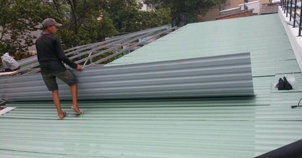 Thi công lợp mái tôn tại TPHCM