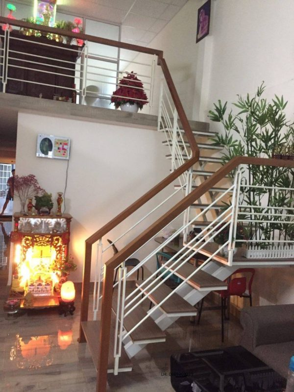 Làm lan can cầu thang inox tại TPHCM