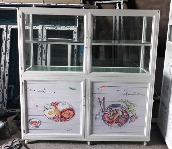 Tủ trưng bày đồ ăn