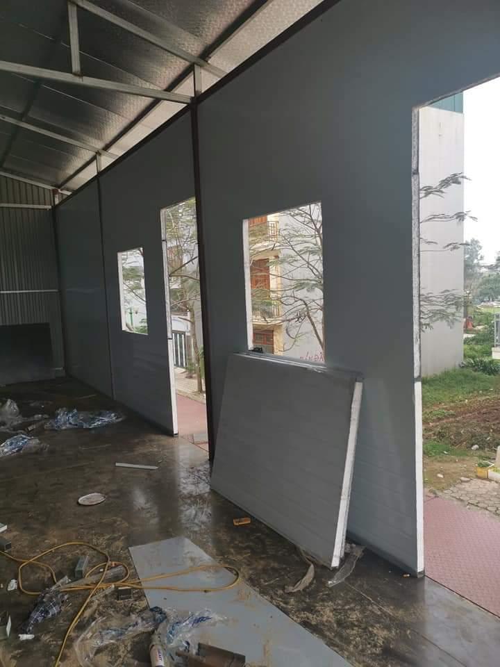 Làm vách ngăn phòng nhà xưởng tại TPHCM